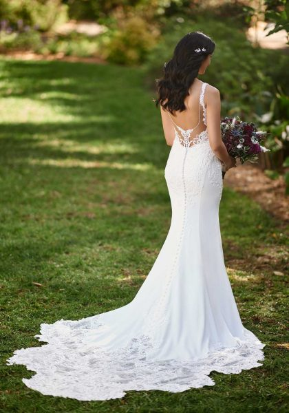 Cassandra Wedding Dress Slimline Fit and Flare Modern Simple Crepe Lace Square Neckline Tuscany Bridal D3144 Essense of Australia